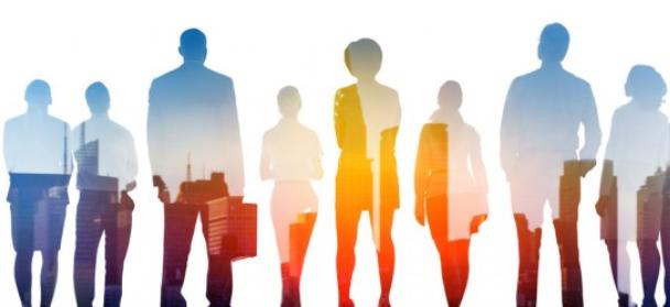 Намирането на нови лоялни клиенти се явява решаваща задача, наред със запазването и подкрепата на досегашните клиенти. Засилване на връзките с големи изпълнителни и инженерингови фирми и организации.Установяване на взаимно изгодни отношения и сътрудничество с тях и съвместно участие при изпълнението на инфраструтурни, инвестиционни  и енергийни проекти . През всичките години от създаването си МЕРКОМ участва в изграждането и реконструкцията  на много значими обекти