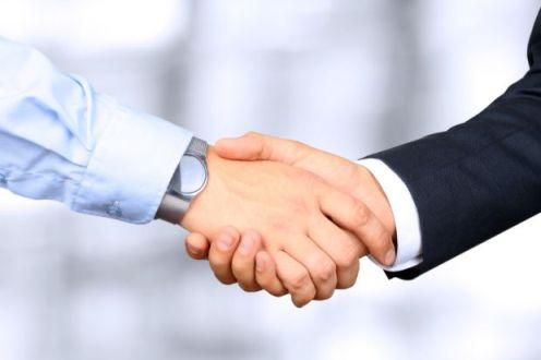 Вярата да имаш сигурен и доверен спътник при избора. Силата да повериш решенията в чужди ръце, очаквайки най-доброто, получавайки много повече. Мерком ЕООД винаги ще бъде точно този сигурен спътник и помощник.